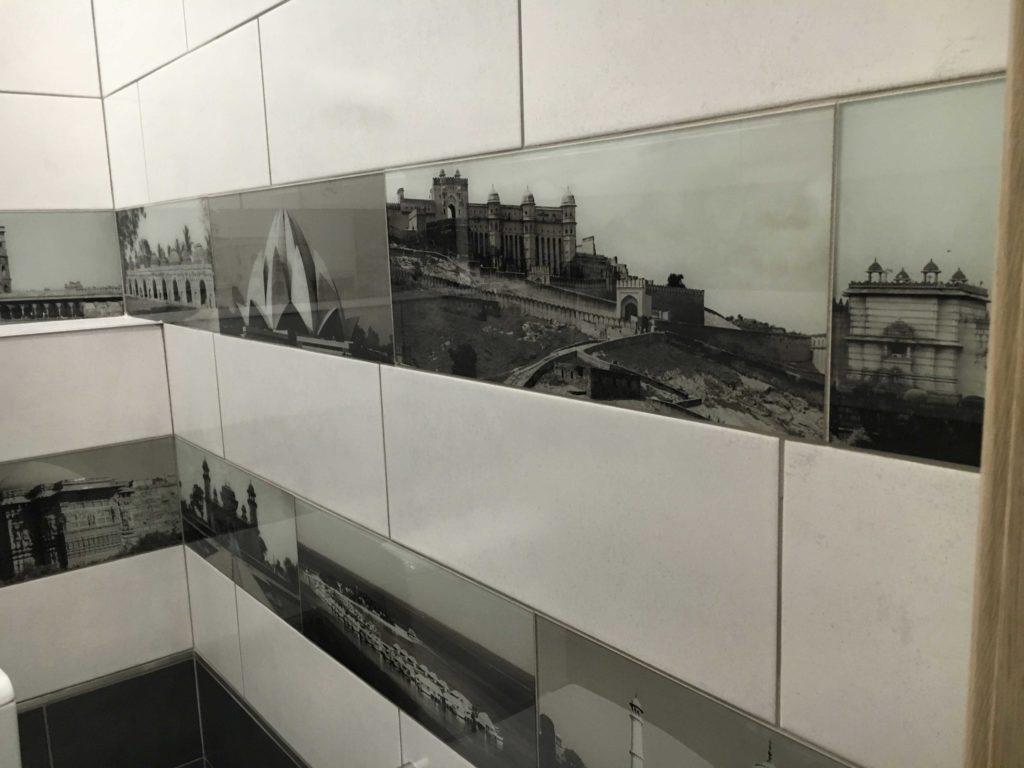 кладка плитки на стену